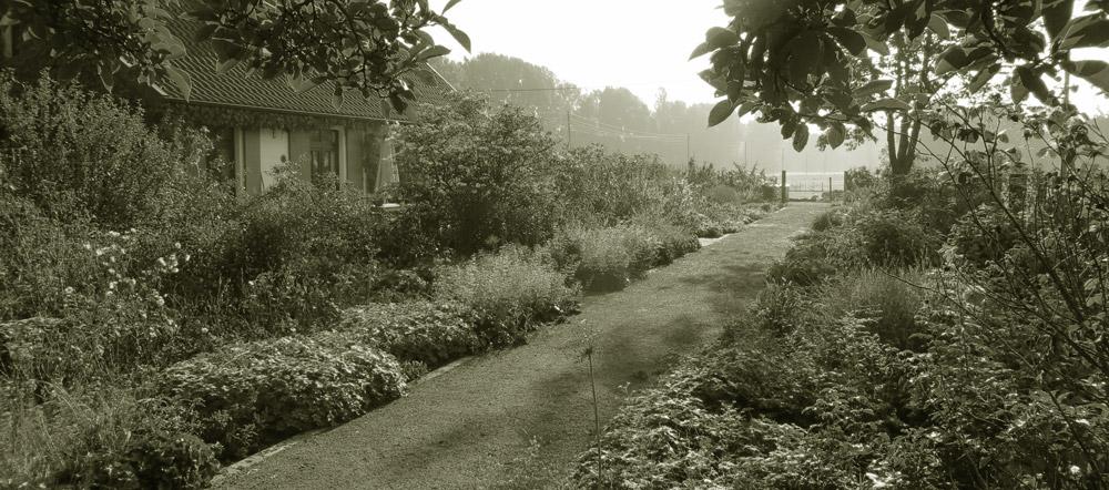 Gardens at Niederrhein VillertheGardenIntroSlider2